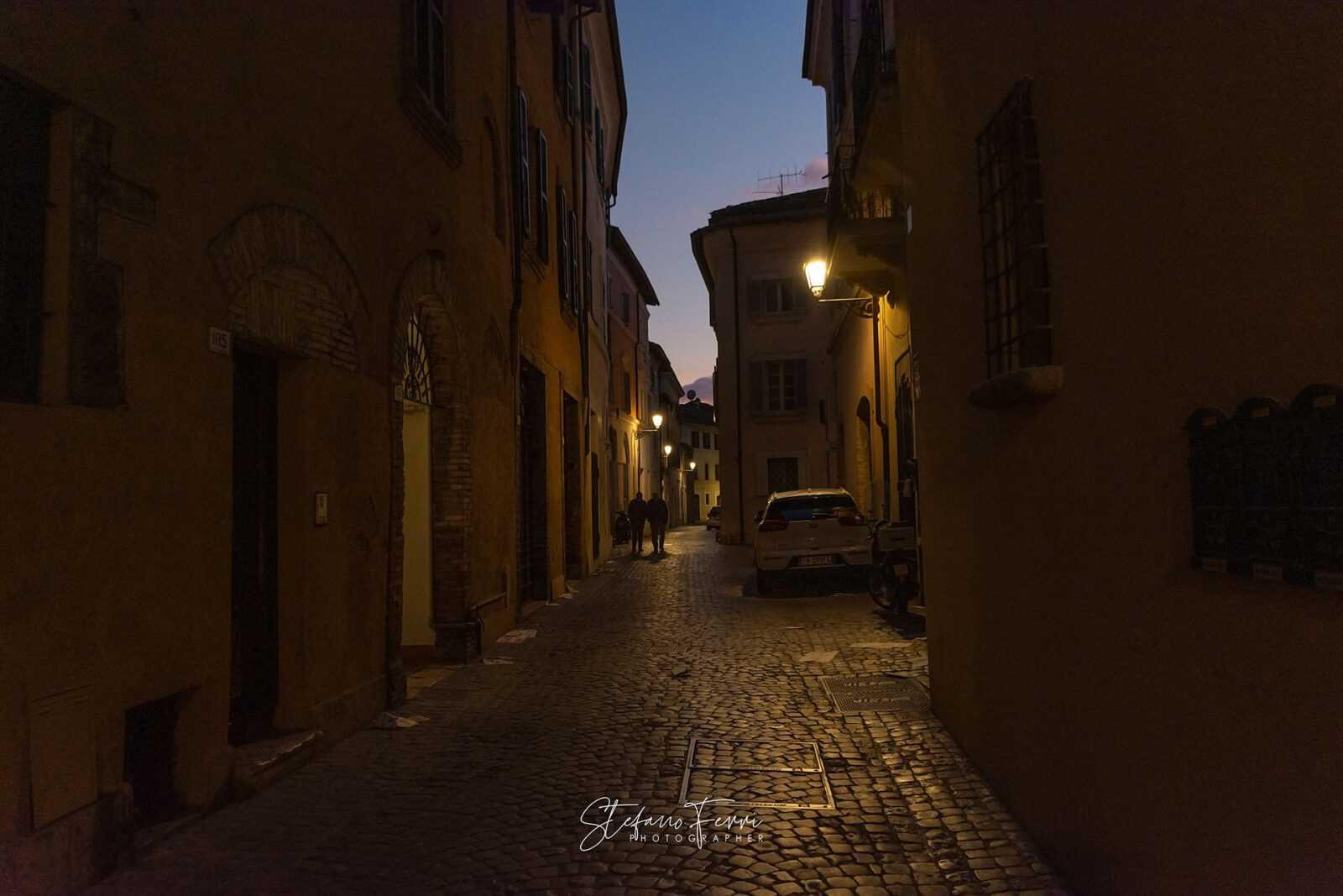 Terni, via XI Febbraio al tramonto